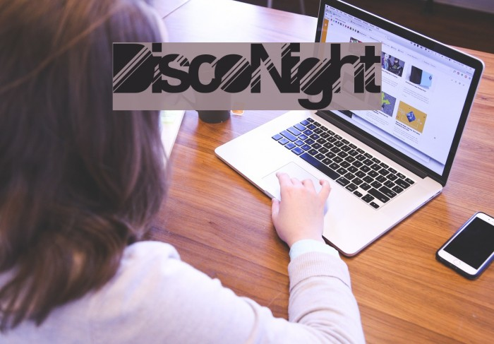 DiscoNight Шрифта examples