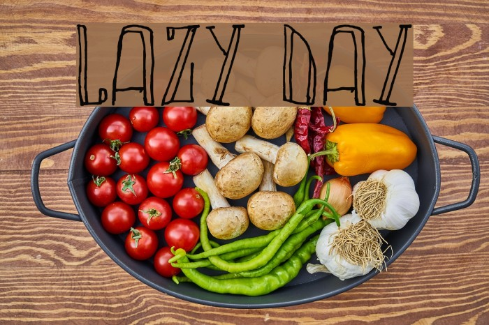 LAZY DAY Font examples