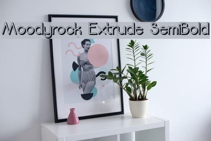 Moodyrock Extrude SemiBold Font examples