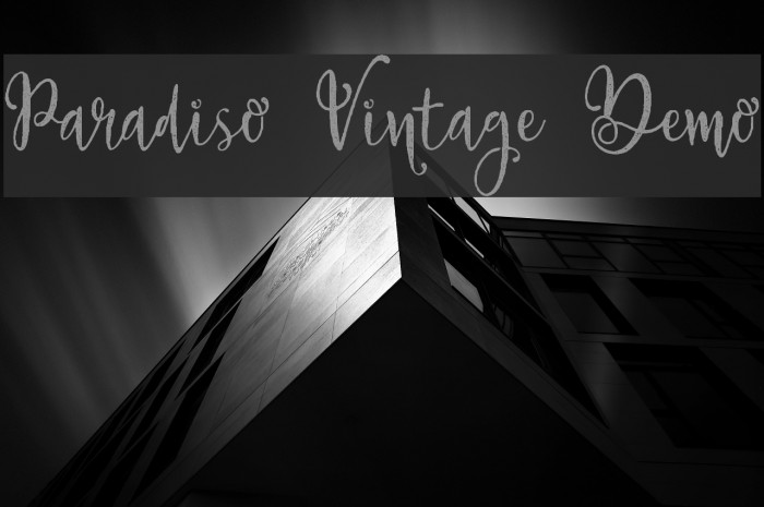 Paradiso Vintage Demo Font examples
