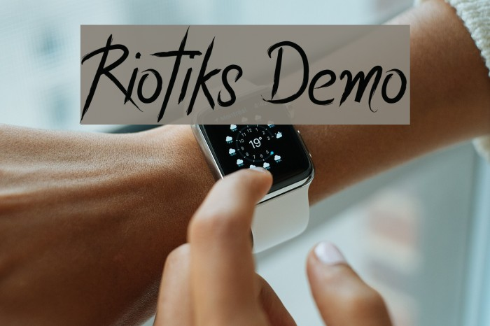 Riotiks Demo フォント examples
